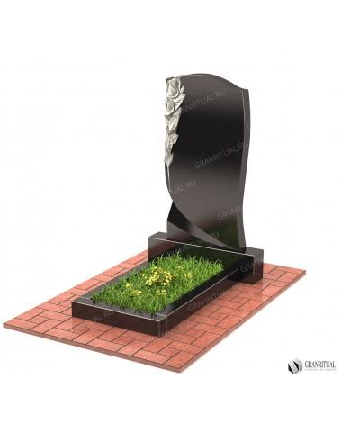 Памятник из гранита Резной Р007